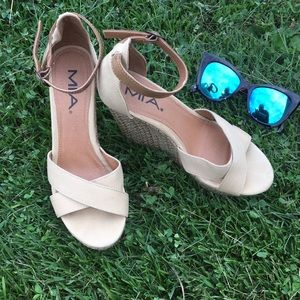 Mia Tan Wedge Sandals 👡